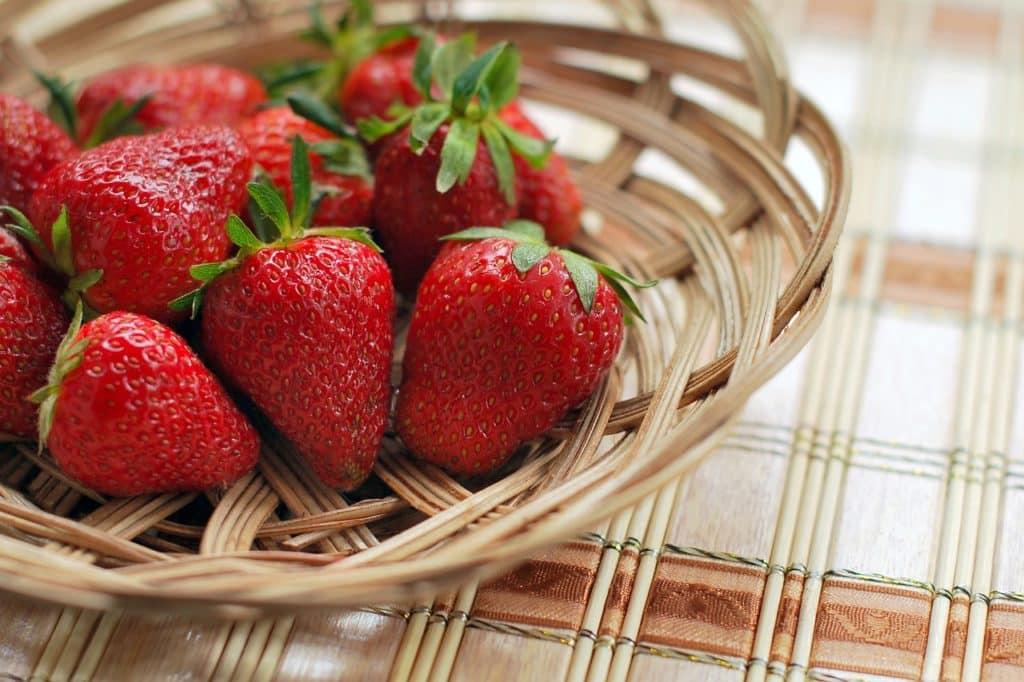 Erdbeeren-Korb